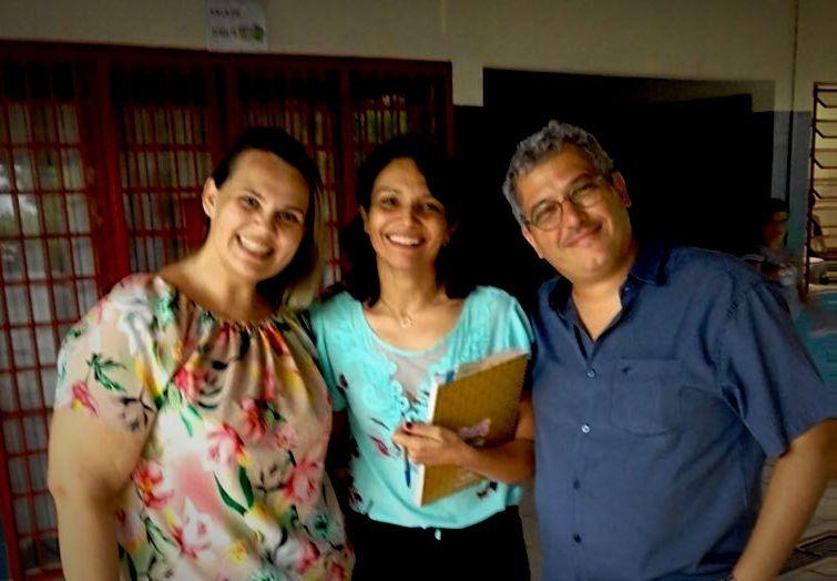 Renata Tedeschi, diretora da Escola Geraldo Abone, com Marcelo Sollero, diretor executivo do Polo Cultural. | Foto: Polo Cultural.